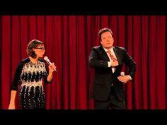 Jimmy Fallon & Rashida Jones Parody One Direction, Gangnam Style & Rihanna In Holiday Medley