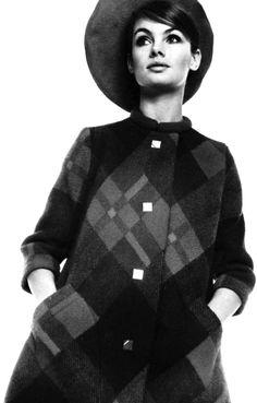 1960's fashion - jean shrimpton wearing pierre cardin 1967