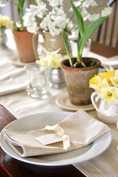 Jenny Steffens Hobick: Garden Table Setting For Spring
