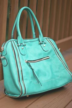 I would love this in my 2nd Stitch Fix! Light Green Urban Expression's Elisha Zipper Accent structured Satchel