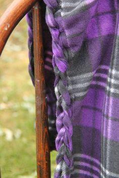 Super cute and easy No-Sew Braided Edge Fleece Blanket Tutorial // SmashedPeasandCarrot.com