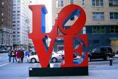 love sign in New York