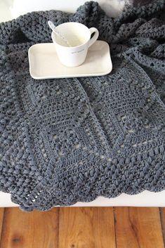 Beautiful Blanket Crochet pattern by Maaike van Koert - Granny Square Crochet Afghans, Crochet Blanket Patterns, Crochet Chart, Crochet Hooks, Magazine Crochet, Simply Crochet, Manta Crochet, Paintbox Yarn, Red Heart Yarn