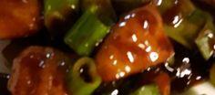 Pittig Krokante Kip Met Sugar Snaps recept | Smulweb.nl Om, Dinner, Fruit, Drinks, Indian, Dining, Drinking, Beverages, Food Dinners