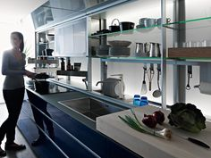 Cocina integral de vidrio ARTEMATICA VITRUM Línea Artematica by VALCUCINE | diseño Gabriele Centazzo