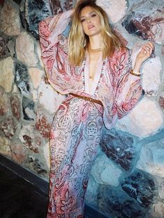 Fantasy Fashion Design: Looks de estilo Bohemio de Bar Refaeli para la revista So Chic