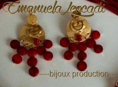 Orecchini etruschi color oro e corallo bambù