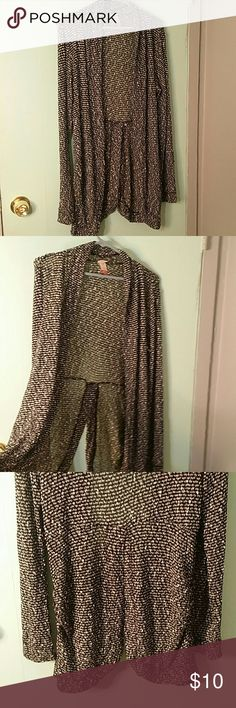 ? Marbled Light Cardigan ? Marbled, Light,  Slit in back, long sleeve No Boundaries Tops