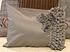 Decorative Pillows For Pizzaz Sewing Pillows, Diy Pillows, Decorative Pillows, Cushions, Throw Pillows, Ideas Hogar, Creation Deco, How To Make Pillows, Decorating Blogs