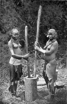 Here are some kikuyu girls from 1911.