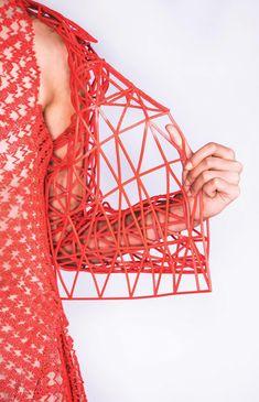 danit-peleg-creates-full-3d-printed-fashion-collection-at-home-7