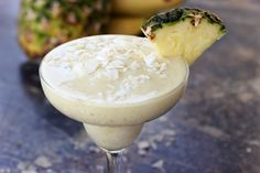 Summer Mocktails: Banana Piña Colada (With A Genius Twist!)  http://blog.freepeople.com/2012/08/summer-mocktails-banana-pia-colada-genius-twist/