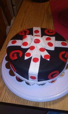 Bulldawg girl cake