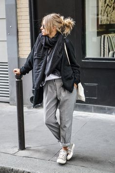 Camille Callen wears stylish grey slacks with converse and chunky scarf. Blouse: Misguided, Trousers: Mango, Vest: Jennyfer.