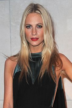 Poppy Delevigne with blonde-to-brown ombre hair http://nubry.com/2012/03/10-colorful-ways-celebrities-wear-ombre-this-spring/