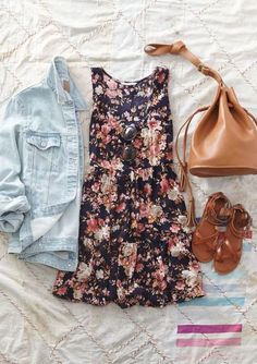 Floral dresses are great for putting together cute outfits for school! Cute outfits for school that are easy and trendy can be hard to put together sometimes. Laid back or fashionista, we have cute outfits for you! Mode Outfits, Casual Outfits, Fashion Outfits, Womens Fashion, Fashion Trends, Easy Outfits, Dress Outfits, Fashion Clothes, Hijab Fashion
