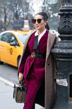 Cold-Weather Styling Guide, Layering with Velvet & Plaid Stylish Winter Outfits, Fall Outfits, Fashion Outfits, Ladies Fashion, Fashion Tips, Estilo Dandy, Baby Clothes Storage, Clothing Storage, Outing Outfit