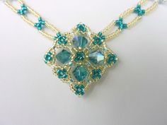 FREE beading pattern for beautiful Celtic inspired medallion and chain   ~ Seed Bead Tutorials