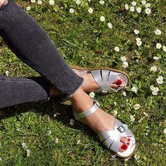 5e91140c26369 14 Best So many Ways to Wear Salt-Water Sandals images | Salt water ...