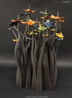 Abstract ceramic sculpture_Author unknown — with Vivi YO and Cristina Poi.....