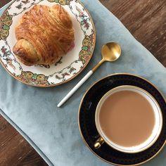 Sarah J. Loecker : Just for fun, Tea in the Studio Squirrel Illustration, Easter Saturday, Breakfast Tea, Palm Sunday, Flower Tea, Elderflower, Coffee Set, My Tea, Just For Fun