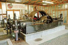 300 HP Miller, manufactured by the Miller Improved Gas Engine Co., on display at the Coolspring Power Museum.