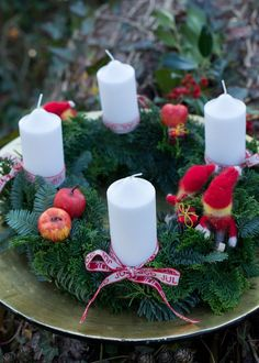Making Advent decorations: magical ideas for the pre-Christmas season - Hair Beauty - Food and Drink - Christmas - DIY and Crafts - Home Decor Pre Christmas, Magical Christmas, Christmas Drinks, Crafts To Do, Home Crafts, Homemade Lanterns, Advent Wreath, Diy Weihnachten, Creative Crafts