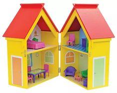 casinha de boneca de madeira com móveis