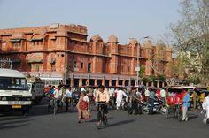 Jaipur - traffic at Choti Chaupar Circle
