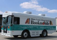 Bookmobile, Adams County Library System, Gettysburg, Pa This is very inviting.I want to visit and read in their facility.