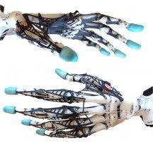 Een Biomimetische robothand Yale onderzoeker Joseph Xu en Emanuel Todorov van de University of Washington hebben een robothand ontworpen die de menselijke hand erg goed kan nabootsen.
