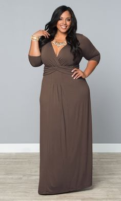 Our Toffee Treat plus size Desert Rain Maxi Dress is a great neutral and silhouette for easy style!  www.kiyonna.com  #KiyonnaPlusYou  #MadeintheUSA  #Brown