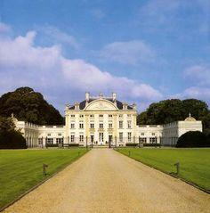 BELGIAN CASTLES | Classicisme et grand style à Ardoye, Belgium