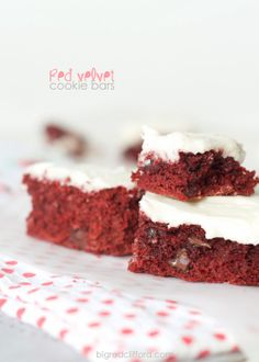 Soft red velvet cookie bars {and the perfect cream cheese frosting}. Just right for #valentines or any times. ;) on bigredclifford.com