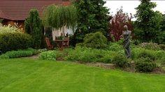 Maja w ogrodzie