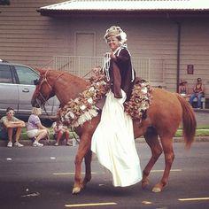 Waimea, Big Island Aloha week parade Island of Ni'ihau pa'u princess