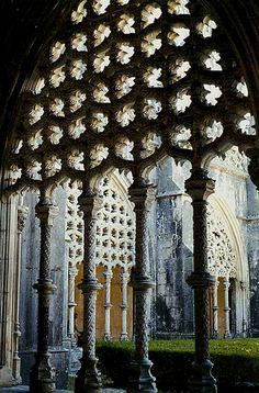 Mosteiro da Batalha, Portugal, claustro de D. João I