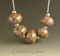 'Dragon Scales', lampwork beads by catalinaglass on Etsy. Sharon Ryman