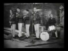 ▶ The Beach Boys - Surfin' Safari - YouTube