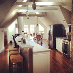 Beautifully remodeled upper unit in the Haight. #sanfrancisco #sanfranciscorealestate