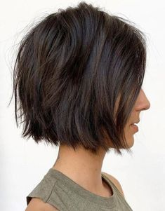 Super Cute Blunt Textured Short Bob Haircut In 2019 If you are looking the Gorgeous Haircut Ideas then here you are on the right way. Just click through here and must try out these Super cute Bob Haircut Style on your short hair and enhance your hairstyle Cute Bob Haircuts, Cute Bob Hairstyles, Trending Hairstyles, Straight Hairstyles, Hairstyle Short, Haircut Bob, Prom Hairstyles, Haircut Styles, Haircut Short