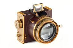 Mark had ook een foto camera mee die van zijn opa was geweest. Hiermee maakte hij onderweg foto's van alles wat hij bijzonder vond.