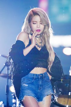 Mamamoo Solar Fashion - Lace Shoulder Strap Tube Top Find KPOP Crop Tops & KPOP Tops, Mamamoo Fashion for an affordable price K Fashion, Fashion Looks, Bts Suga, Jhope, Kpop Girl Groups, Korean Girl Groups, Kpop Girls, Stage Outfits, Kpop Outfits