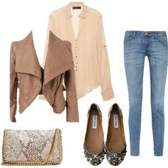 Perfect Fall outfit juts with heeled boots