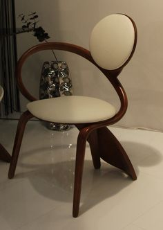 Curvy Chairs by Actual Design Studio – 2012 IMM Cologne (04)    by Guido J.