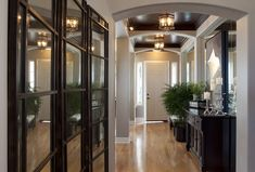 Glamourous-modern-home-entry-robeson-design