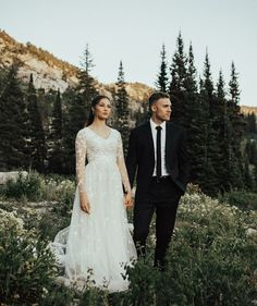 modest wedding dress with long sleeves from alta moda bridal (modest bridal gowns) photo by @misasaurus #modestweddingdresses