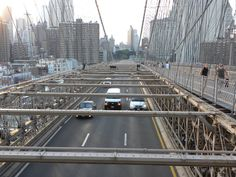 Brooklyn Bridge connects Lower Manhattan with Brooklyn and was build in 1883. Description from filipdemuinck-kristelpardon.blogspot.com. I searched for this on bing.com/images