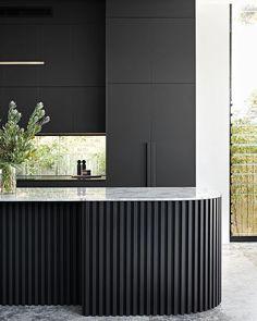 Kitchen Room Design, Modern Kitchen Design, Interior Design Kitchen, Modern Interior, Black Kitchen Island, Minimalist Kitchen, Black Kitchens, Joinery, Interior Architecture