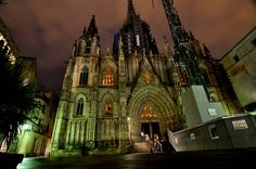Barcelona Cathedral at night Gothic Castle, Gothic Cathedral, Twilight Pictures, Beautiful Architecture, Monuments, Barcelona Cathedral, Basement, Places To Go, Night